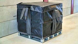 写真-5 固型化物を収納した収納容器.jpg