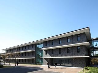京都産業大学理工系学部棟