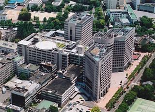 名大医学部付属病院中央診療棟