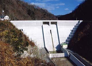 河平ダム本体建設工事
